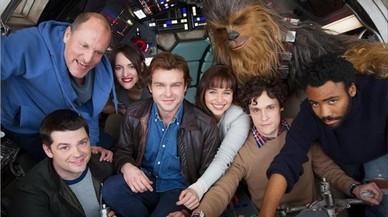 El reparto de la precuela de Han Solo ha sido confirmado con el lanzamiento de la primera foto oficial.