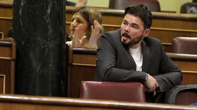 """Rufián convida Rajoy a pujar a un tren de Rodalies i """"potser es fa independentista"""""""
