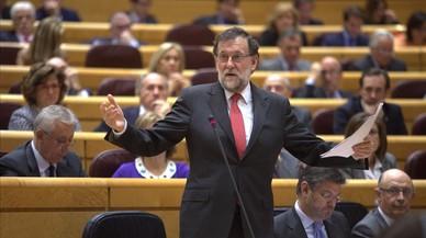 """Rajoy evita polemizar con el PNV: """"Hoy me toca hacer amigos"""""""