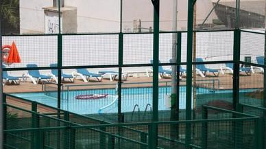 Muere un niño de 10 años ahogado en una piscina en Vilanova i la Geltrú durante un 'casal'