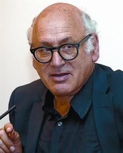 El compositor inglés Michael Nyman.