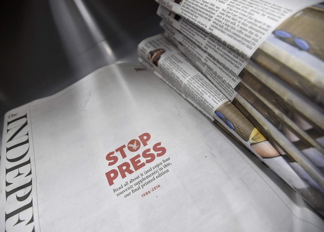Ejemplares de la última edición impresa de The Independent