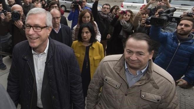 El alcalde de Tarragona, Josep F�lix Ballesteros, a su llegada a los juzgados para declarar por el 'caso Inipro'.