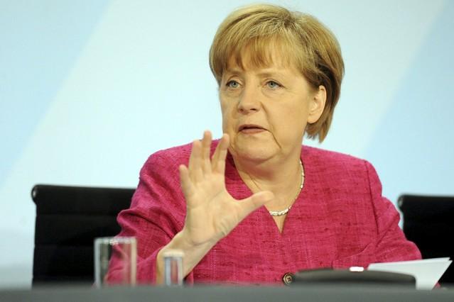 Merkel propone unificar la edad de jubilación y las vacaciones en toda la UE