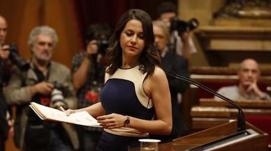 """Arrimadas, a Puigdemont: """"Ustedes ya no tienen nada que ofrecer a los catalanes"""""""