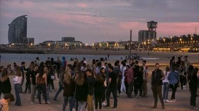 Miles de universitarios llegan a Barcelona de fiesta por dos festivales
