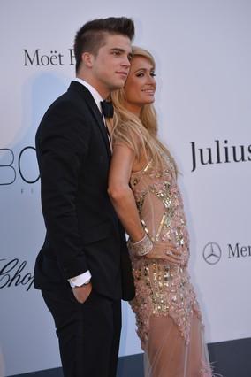 Paris Hilton y River Viiperi.