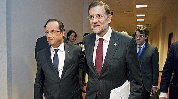 Rajoy practica el ingl�s durante una cumbre con Cameron y Hollande.