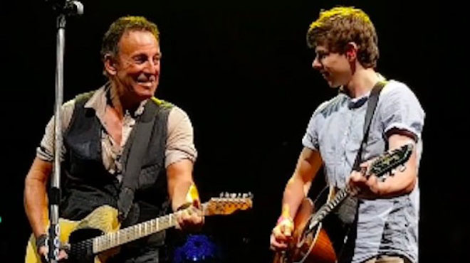 Springsteen invita por segunda ocasión a un fan de 15 años