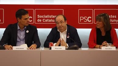 """Núria Marín (PSC): """"Es consuma el salt al buit de Puigdemont i Junqueras"""""""