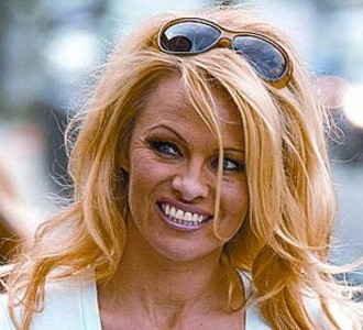 Pamela Anderson no ve sexi al Rey_MEDIA_1