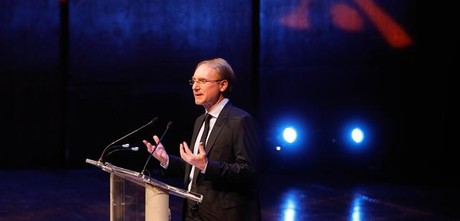 Dan Brown, el mi�rcoles en el Lincoln Center de Nueva York, en su primera conferencia sobre 'Inferno'.