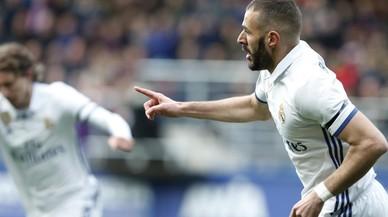 El Madrid reacciona i goleja l'Eibar (1-4)