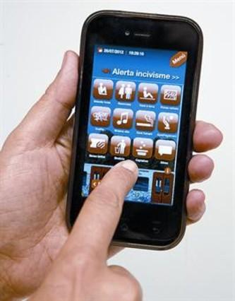 FGC quita a los mendigos de la aplicación del móvil para denunciar conductas incívicas