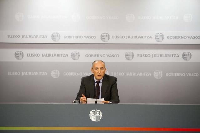 El Gobierno vasco aprueba el adelanto de la paga extra a sus 67.000 funcionarios