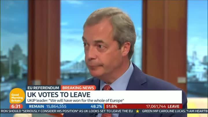 """Farange, líder del UKIP, reconocer que fue un """"error"""" usar el argumento del dinero que se destina a Bruselas."""