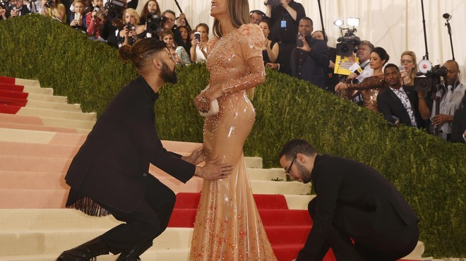 Singer-Songwriter Beyonce Knowles arrives at the Met Gala in New York