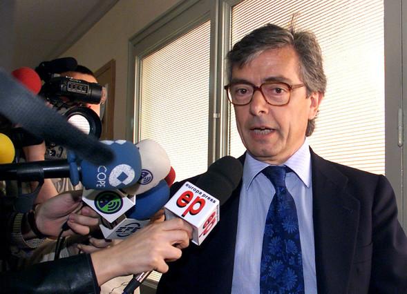 El exdiputado Jorge Trías Sagnier admite que se pagaban sobresueldos de hasta 10.000 euros a dirigentes del PP