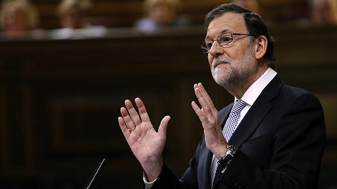 """El lapsus de Mariano Rajoy: """"Lo que nosotros hemos hecho es engañar a la gente"""". Acto seguido, Rajoy ha rectificado y ha añadido: """"No hemos engañado a la gente, ni al Rey, ni a esta cámara""""."""