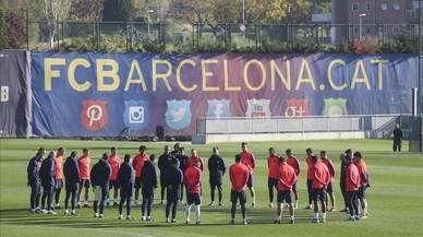 Minut de silenci del Barça per les víctimes de la tragèdia aèria del Chapecoense