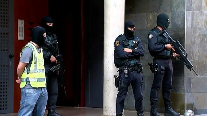 Operaci�n antiterrorista de la Guardia Civil en Arb�cies.