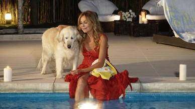 Ana Obreg�n, en una de las escenas del nuevo programa del canal DKiss 'Algo pasa con Ana'.