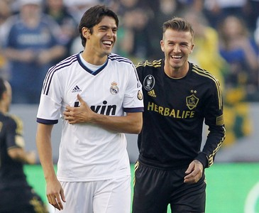 Kak� y David Beckham, en el partido que enfrent� al Real Madrid y Los Angeles Galaxy (1-5) en Carson, California.