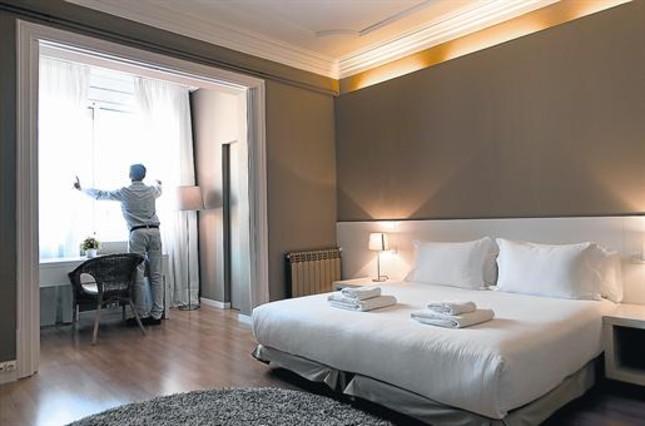 Guerra global a los apartamentos tur sticos ilegales en barcelona - Piso turistico barcelona ...