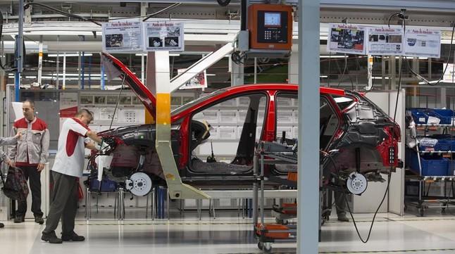 Nissan Mobile Al >> La planta de Seat en Martorell lidera la fabricación de ...