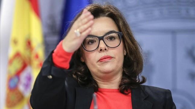 La vicepresidenta, Soraya Saénz de Santamaría, este viernes en la rueda de prensa posterior al Consejo de Ministros.
