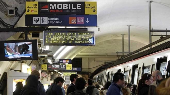 Els treballadors del metro donen per trencades les negociacions per evitar la vaga