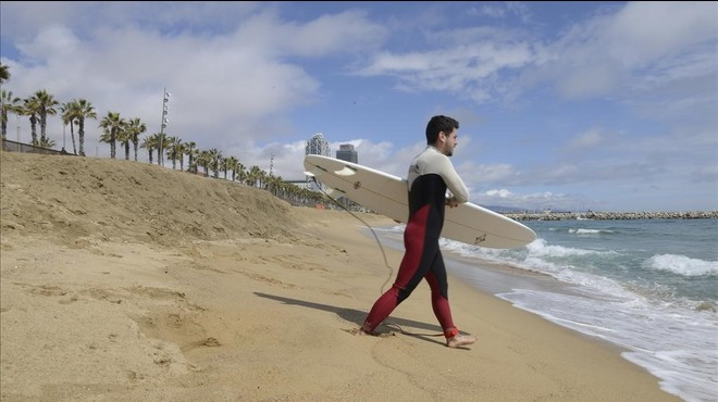 Barcelona alerta de la pèrdua del 17% de la superfície de platja des del 2011