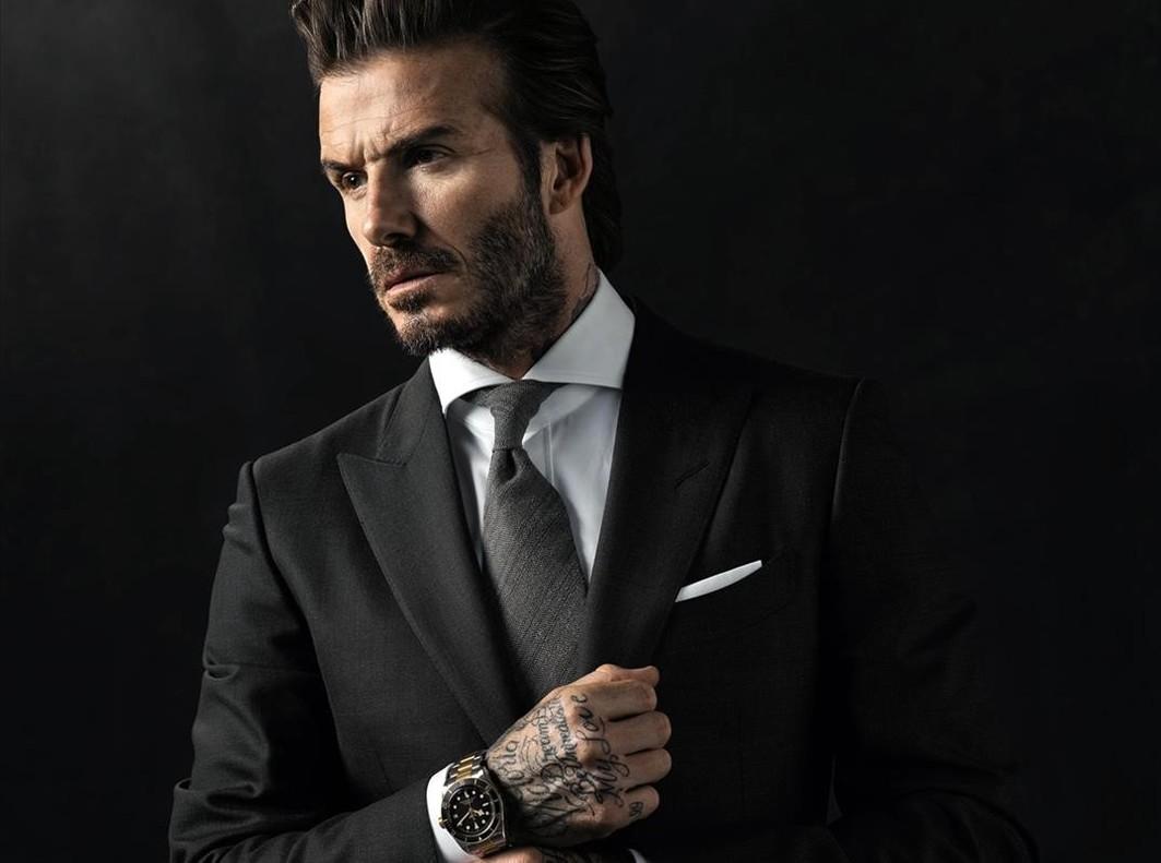David Beckham muestra los tatuajes para Tudor