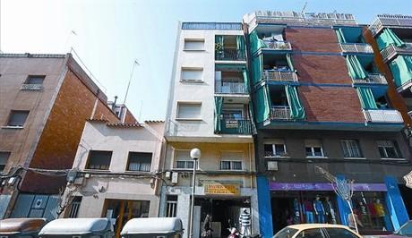 Badalona alquila a precios sociales pisos embargados por los bancos