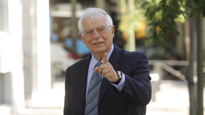 """Josep Borrell: """"El líder del PSOE no pot ser un home de palla"""""""