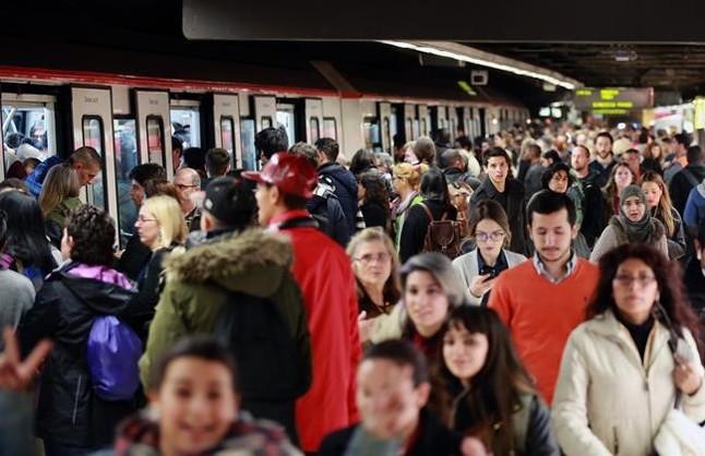 """El metro se aboca a la huelga durante el Mobile World Congress a la espera de un """"milagro"""""""