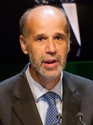 Abengoa releva a su presidente José Domínguez
