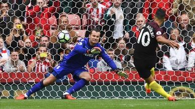 El Kun Agüero i Nolito donen la segona victòria a la Premier al City