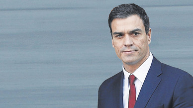 Sánchez apoya a los alcaldes socialistas de Catalunya frente a la presión independentista