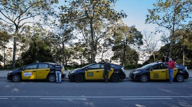 Tres taxis de Barcelona que incorproran app de Mytaxi, Hailo y Join Up.