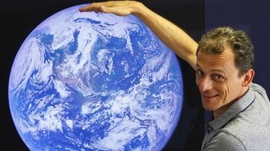 'Órbita Laika' cambia su nombre y ficha al astronauta Pedro Duque