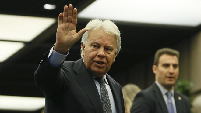 Besamanos para Vargas Llosa