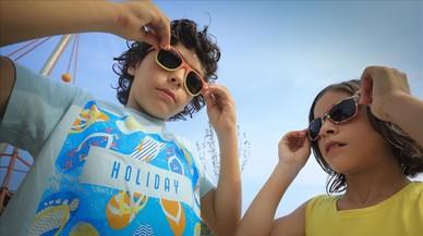 Alerta por los daños del sol en los ojos de los niños y ancianos