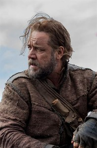 Russell Crowe, caracterizado de No.