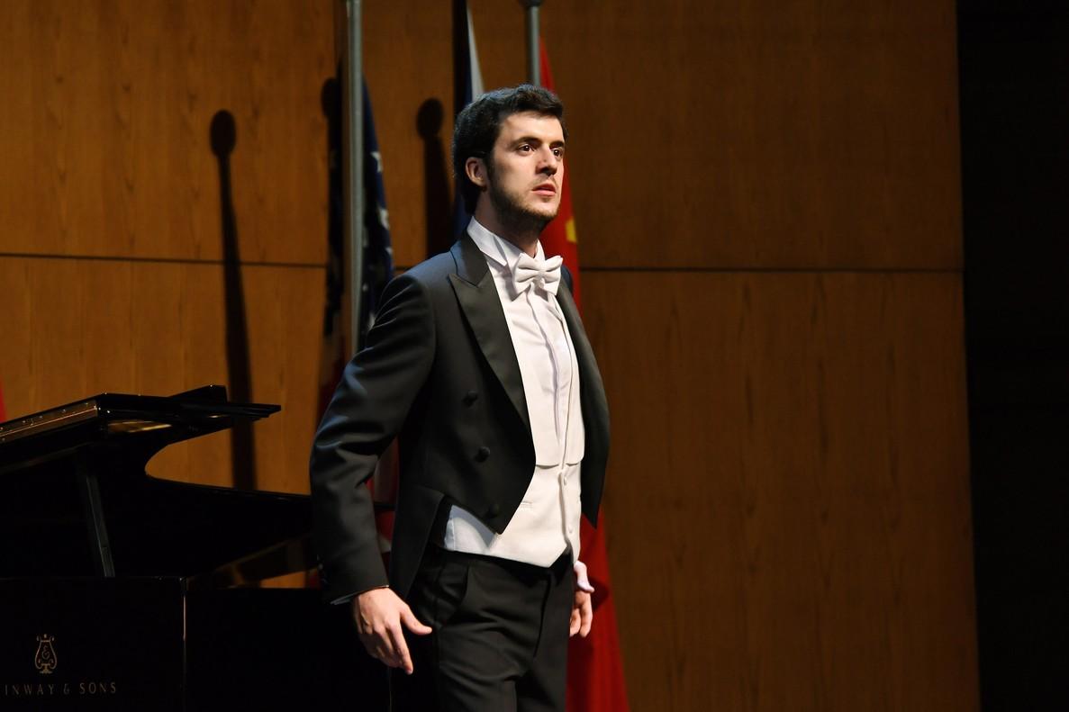 Carles Pachón, durante su actuación en el Concurs Viñas.