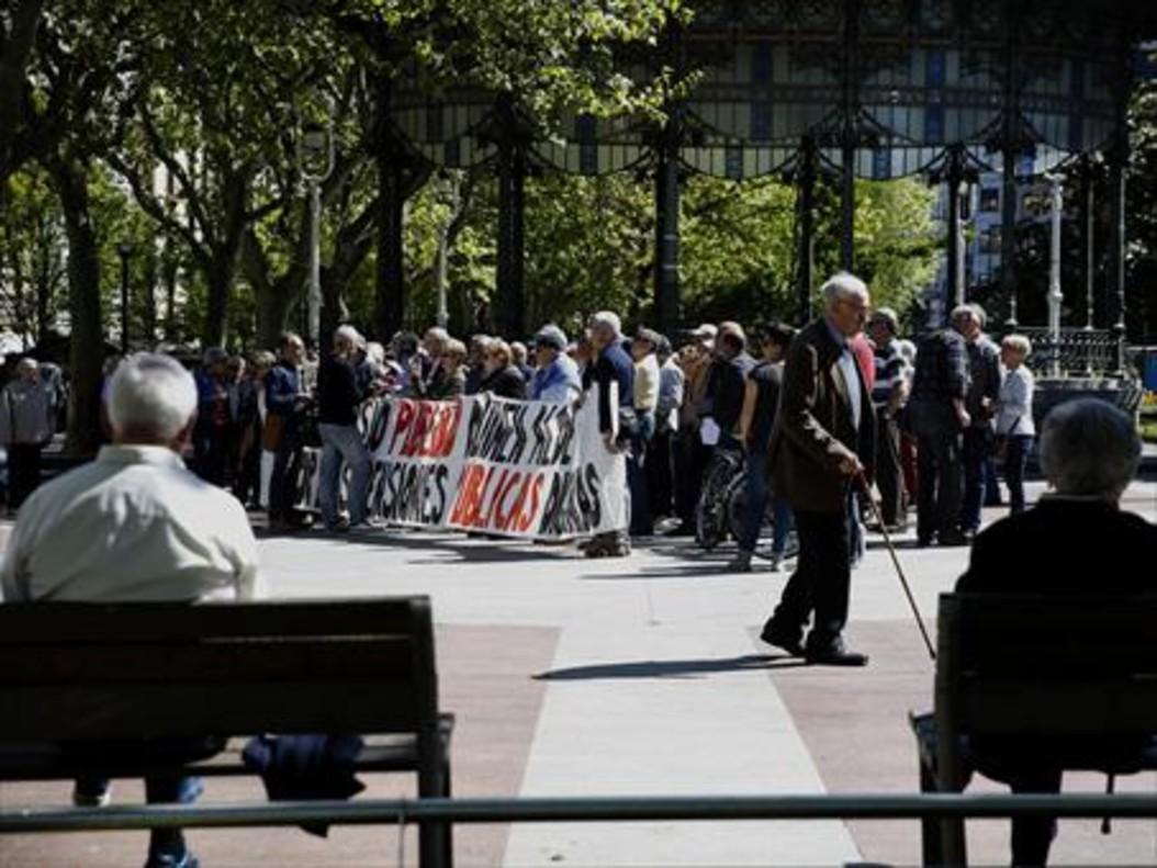 Manifestación a favor de mejoras en las pensiones.
