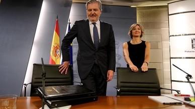 """Méndez de Vigo: """"L'amnistia fiscal va ajudar a evitar la catàstrofe del rescat d'Espanya"""""""