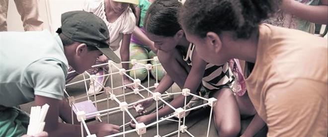 TIEMPO DE OCIO. Save the Children desarrolla programas para niños en toda España.