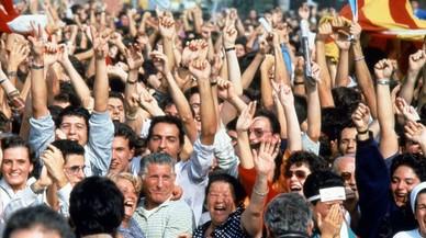 Los voluntarios de Barcelona 92 se reúnen en Cornellà para reivindicar el espíritu olímpico