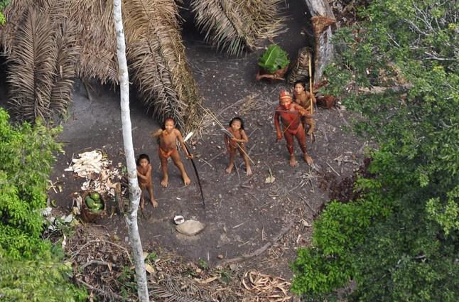 Descubierta una nueva tribu indígena en el Amazonas